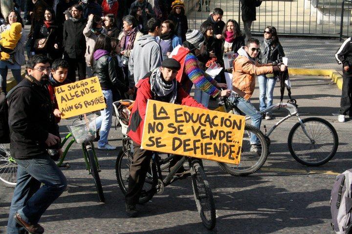 Demonstranten auf Fahrrädern