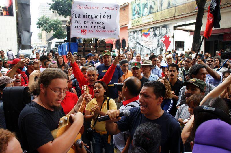 """Präsident Chávez: """"Die Verletzung der Menschenrechte ist nicht Sozialismus!"""""""
