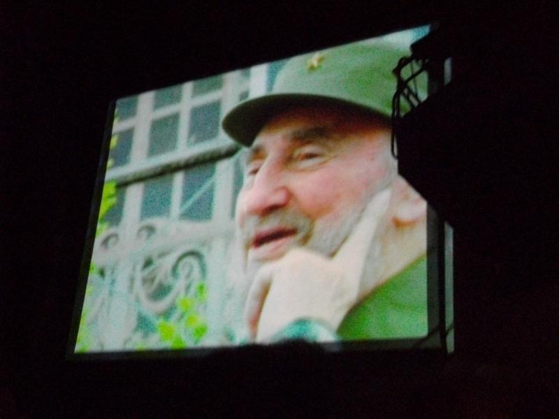 """Fidel Castro war jedoch nur auf der Leinwand """"anwesend""""."""