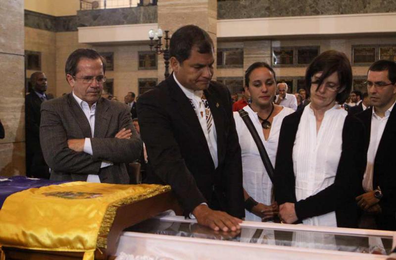 Ecuadors Präsident Rafael Correa und Außenminister Ricardo Patiño