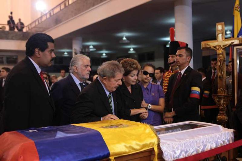 """Die Präsidentin Brasliens, Dilma Rousseff, und ihr Vorgänger Luiz Inácio """"Lula"""" da Silva"""