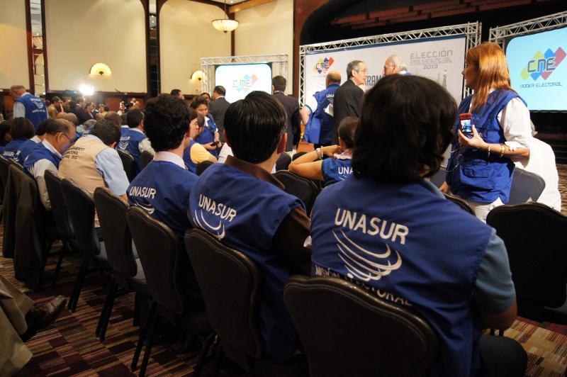 Mitglieder der Delegation des UNASUR bei den Wahlen in Venezuela.