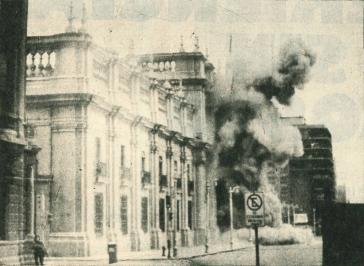 Der Präsidentenpalast in Santiago nach der Bombardierung