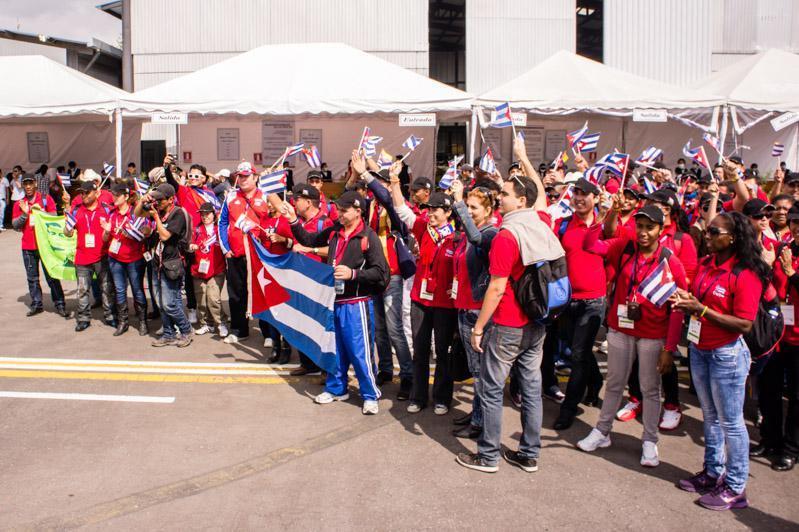 Besondere Aufmerksamkeit kam der kubanischen Delegation zu, der zahlreiche Organisationen ihre Solidarität aussprachen