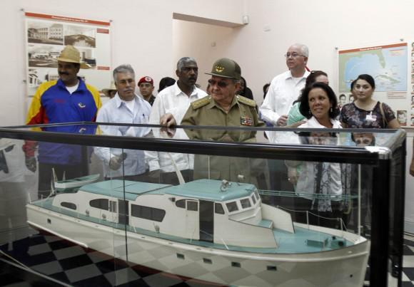 """Modell der Jacht """"Granma"""", mit der die Revolutionäre aus Mexiko nach Kuba kamen"""
