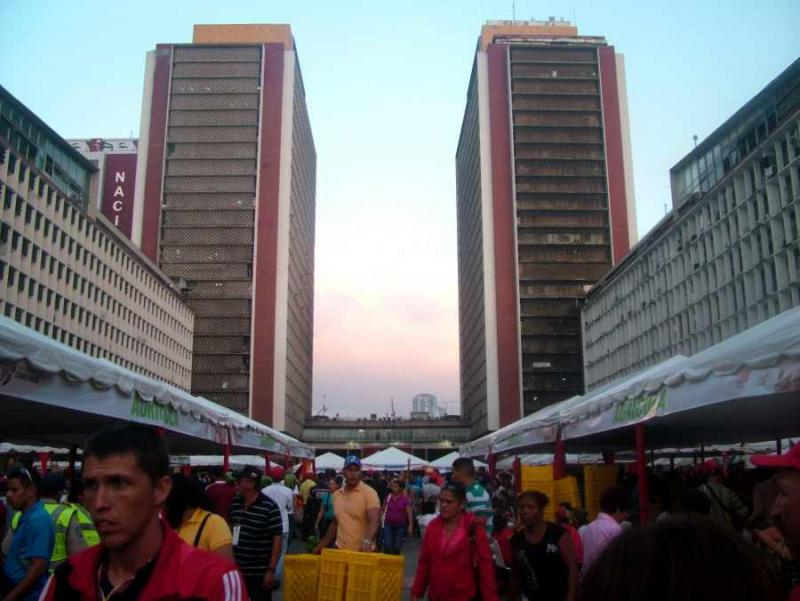 Die Messe der Kommunen fand auf dem Plaza Caracas im Zentrum der Hauptstadt statt