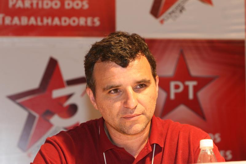 Valter Pomar auf einer Konferenz in Griechenland