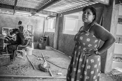 Mariela Machado ist seit mehr als 20 Jahren Aktivistin in La Vega. Sie ist die Leiterin von Kaikashi, beansprucht für sich aber keine der neuen Wohnungen - denn sie wird ihre Zeit der Organisierung eines weiteren Bauprojekts widmen, sobald Kaikashi fertiggestellt ist