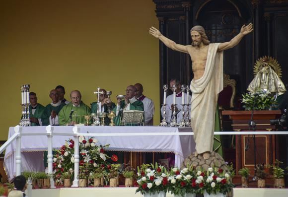 Der Papst bei der Messe