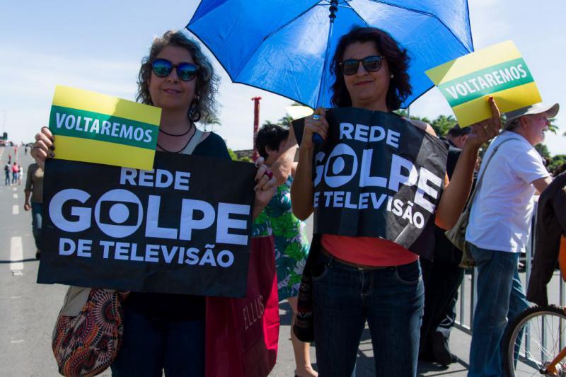 """""""Putsch des TV-Netzwerkes"""", """"Wir kommen wieder"""""""