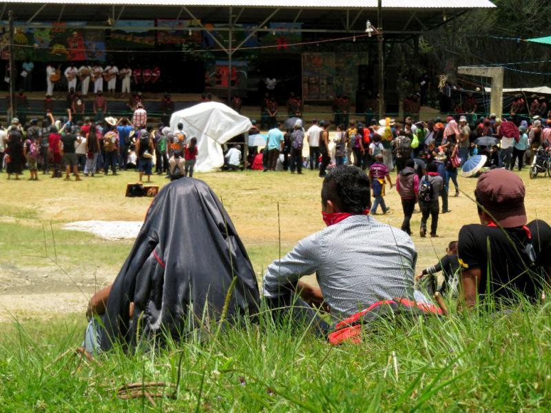 Vorführungen im Caracol von Oventik am Freitag, 29. Juli aus der Entfernung
