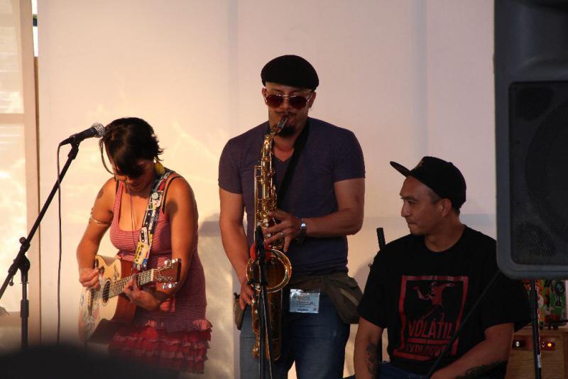Die Gruppe Maquila 69 mit Gästen aus anderen Teilen Lateinamerikas