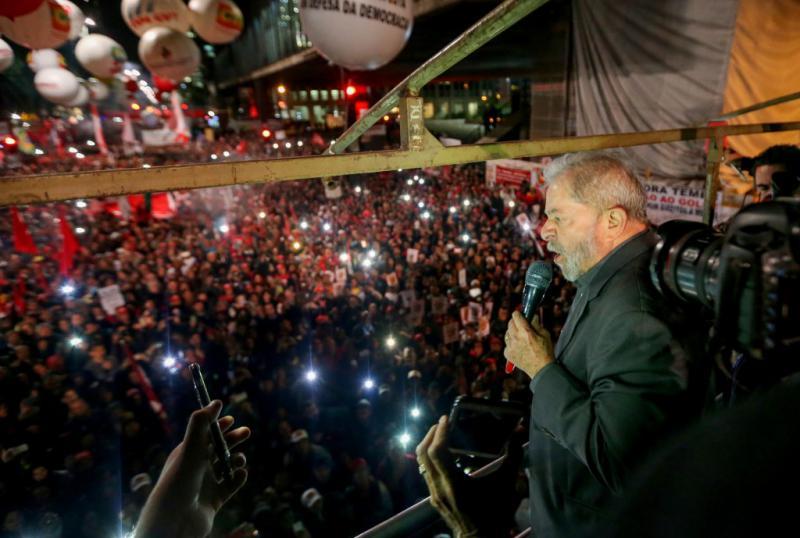 Ex-Präsident Luiz Inácio Lula da Silva war ebenfalls dabei und sprach zu den Teilnehmern