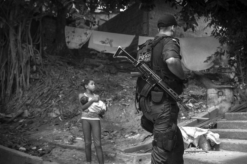 Militärische Besetzung des Favelakomplexes Lins (06.10.2013)