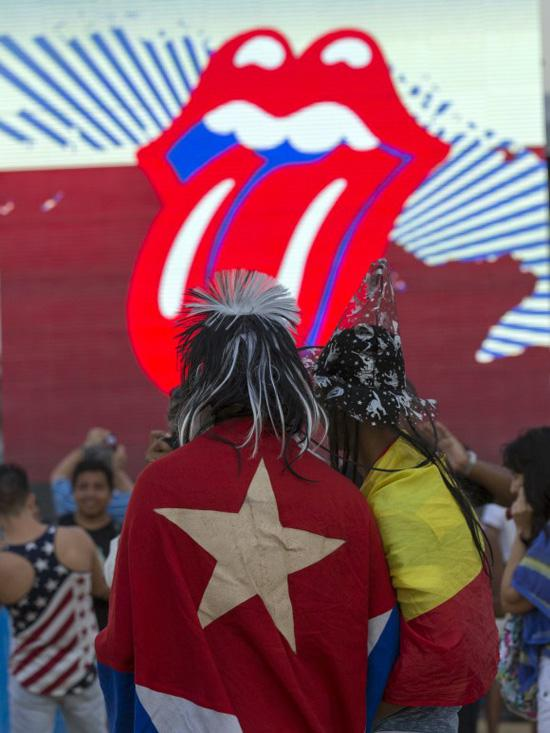 Stones-Fans mit kubanischer Flagge