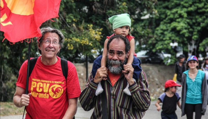 Ihr Ziel: der Präsidentenpalast Miraflores in der Hauptstadt Caracas