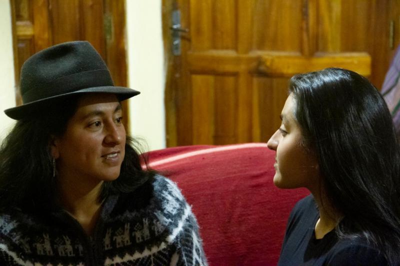 Adriana Guzmán (links) und Diana Vargas von der Organisation Feminismo Comunitario Antipatriarcal (FCA) in La Paz, Bolivien