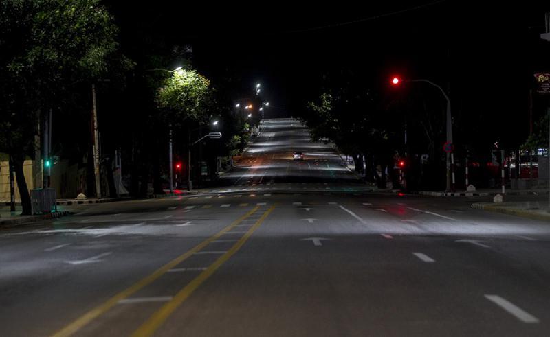 Bilder wie dieses von verlassenen Straßen in Havanna werden wegen der Verlängerung des Corona-Lockdowns noch ein paar Wochen andauern