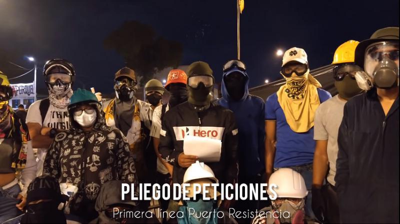 """Junge Leute der """"Primera Linea"""" in Cali bringen ihre Forderungen vor"""
