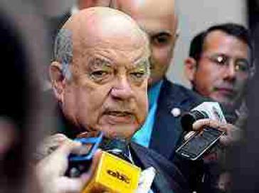 """Sieht """"Aura der Illegitimität"""" beim Putsch in Paraguay: OAS-Generalsekretär José Miguel Insulza"""