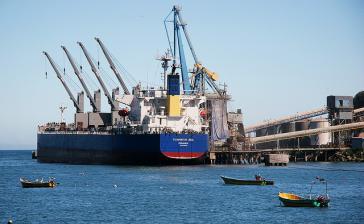 Mindestens elf Schiffe sollen in San Antonio momentan auf ihre Be- und Entladung warten