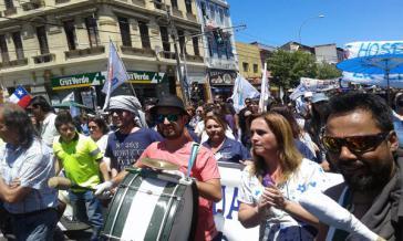 Demonstration der Streikenden im öffentlichen Dienst in Santiago