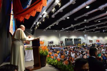 Der Papst bei seiner Ansprache in Santa Cruz