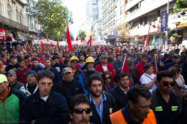 Gewerkschaftsdemonstration gegen Tisa am 23. April in Montevideo