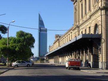 """Der Firmensitz von Antel im Zentrum Montevideos, """"Torre de Antel"""""""