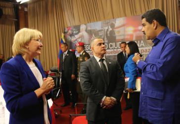 Präsident Maduro mit Generalstaatsanwältin Luisa Ortega Díaz und Ombudsmann