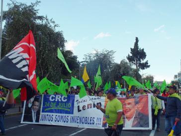 Alianza País-Anhänger demonstrieren ihre Untersützung für Lenín Moreno. Am 19. Februar finden in Ecuador Präsidentschafts- und Parlamentswahlen statt
