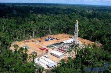 Ölfeld im Block 43 des Yasuní-Nationalparks von Ecuador