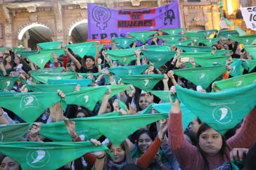 Protst für legalen Schwangerschaftsabbruch in Córdoba, Argentinien