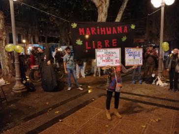 Kundgebung für die ärztliche Verordnung von Cannabis in Montevideo