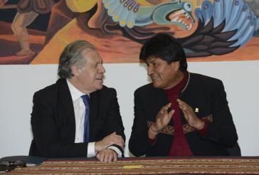 OAS-Generalsekretär Luis Almagro (links) und Boliviens Präsident Evo Morales vergangenen Freitag in La Paz