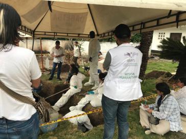 Ausgrabungen im Friedhof Las Mercedes in Dabeiba, Antioquia