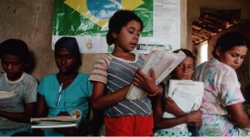 Mehr als 1.000 Schulen der Landlosenbewegung MST in Brasilien sollen geschlossen werden