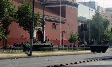 Panzer auf den Straßen der Hauptstadt