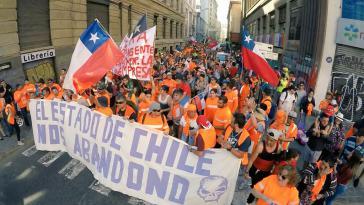 """""""Der chilenische Staat lässt uns im Stich"""". Arbeiter des zweitwichtigsten Handelshafens Chiles fordern ihre Rechte ein"""