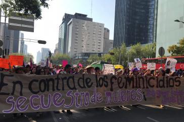 """""""Gegen Feminizide und Frauenentführungen"""". Demonstration in Mexiko-Stadt (2.2.2019)"""