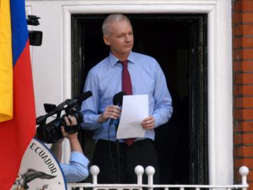 Julian Assange nach einer Flucht in die Botschaft von Ecuador in London 2012