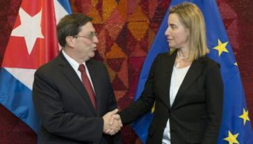 Der kubanische Außenminister, Bruno Rodríguez, mit der Hohen Vertreterin für Außen- und Sicherheitspolitik der EU, Federica Mogherini
