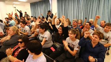 Gelöste Stimmung seitens der Mapuche-Anhänger nach dem Urteil