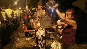 """""""Cacerolazo"""", Lärm schlagen in Medellín gegen die Regierungspolitik und die Repression"""