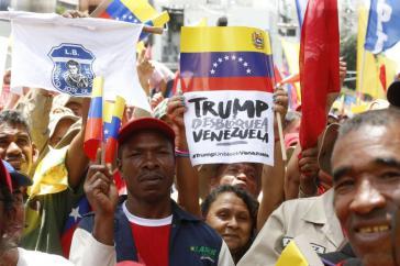 In Venezuelas Hauptstadt Caracas demonstrierten am Mittwoch Zehntausende gegen die US-Blockadepolitik