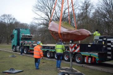 Am Montag wurde der Kueka-Stein aus Venezuela in Berlin überraschend verladen