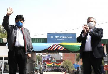 Argentinines Präsident Fernández begleitete Morales zum Grenzübergang