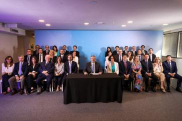 Argentiniens Präsident Fernández und das Kabinett