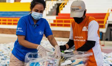 Das Welternährungsprogramm der UNO verteilt Lebensmittel an bedürftige in Kolumbien