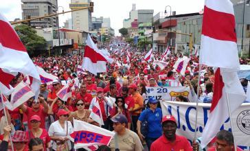 """""""Mit Gesetz oder ohne, Streik bleibt Streik"""": Gewerkschaften mobilisierten zur Demonstration gegen die Einschränkung des Streikrechts"""